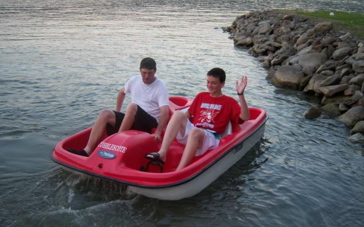 pedalboat2